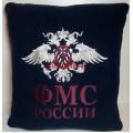 Автомобильная подушка с вышитой эмблемой ФМС России