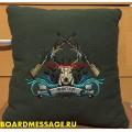 Подушка подарок охотнику с вышивкой