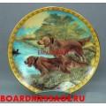 Декоративная тарелка с изображением собак